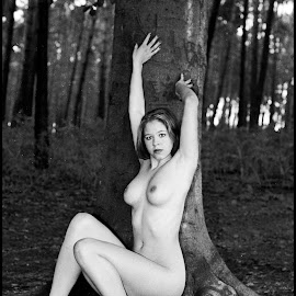 Bosrand  by Etienne Chalmet - Nudes & Boudoir Artistic Nude ( erotic, girls, sexy, nude, outdoor, beauty )