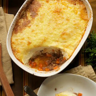 Shepherd's Pie with Cauliflower Topping (GAPS, Paleo, Grain-Free)