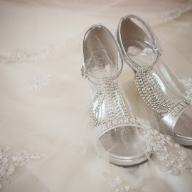 Wedding Shoe by Justin Yeong - Wedding Details ( artistic, object )