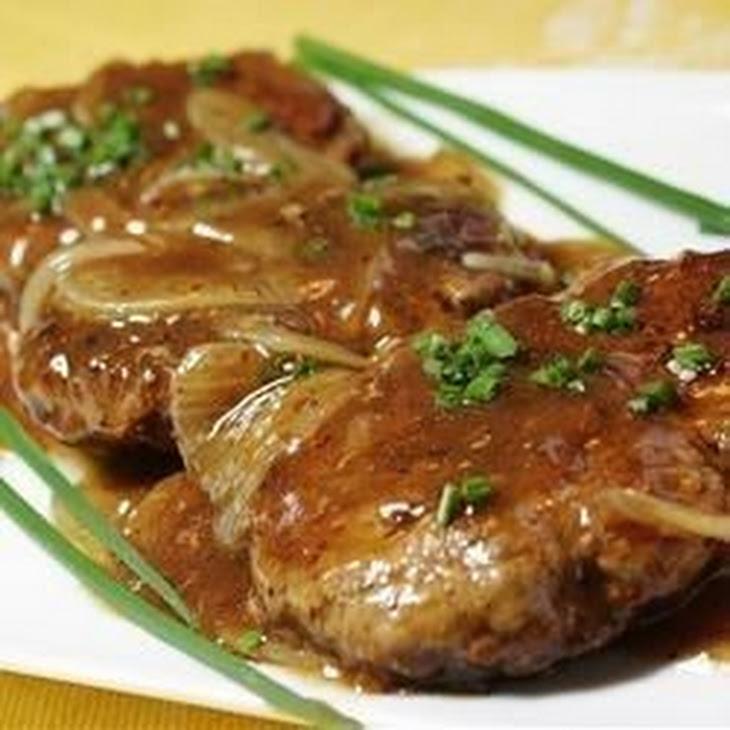 Hamburger Steak with Onions and Gravy Recipe | Yummly