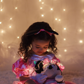 little dream by Ricardo Marques - Babies & Children Child Portraits ( girl, dream, baby, light )