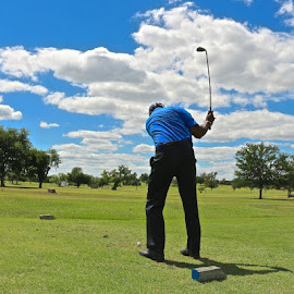 Head Down by Kathy Suttles - Sports & Fitness Golf