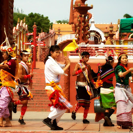 Cultural dance by Karan Shah - People Musicians & Entertainers ( white, ramoji, india, yellow, dance, culture )