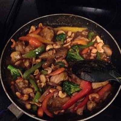 Ginger Chicken with Cashews