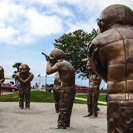 A Happy Place by Judy Rosanno - City,  Street & Park  City Parks ( bronze, sculpture, canada, park, figures, vancouver,  )
