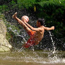 kick splash by Sabdo Bintoro - Sports & Fitness Soccer/Association football