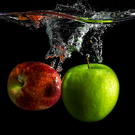 2 Apple's by Imanuel Hendi Hendom - Food & Drink Fruits & Vegetables