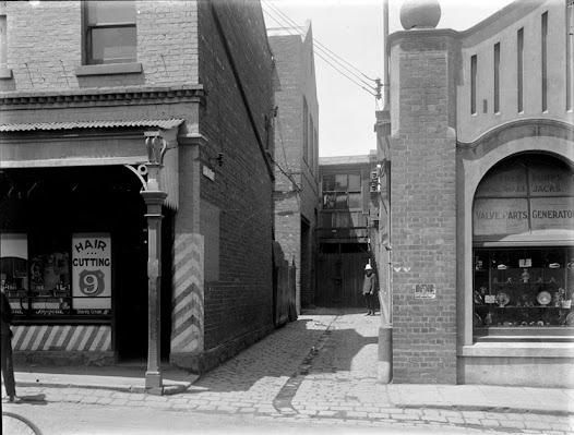 Gun Alley, 1921