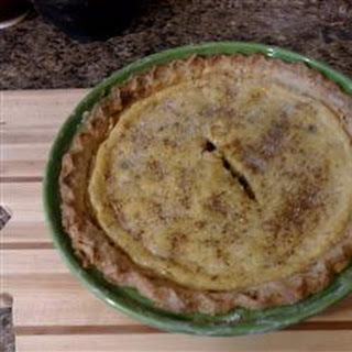 Easy Sour Cream Raisin Pie