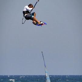 kitesurfing v/s windsurfing by Dan Baciu - Sports & Fitness Watersports ( kite trick, jumping, tricks, water sport, kite, kitesurfing, kitesurf, kiteboard, kite jump, windsurf, kiteboarding, jump, windsurfing, surfing, kite tricks, kite jumping, water sports, kiting, trick, surf )