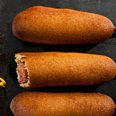 Mini Beer-and-Sausage Corn Dogs Recept | Yummly