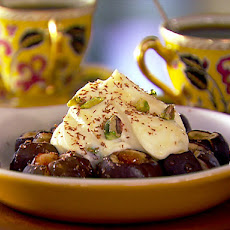 Baked Figs with Chopped Pistachios in Mascarpone