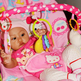 Baby pinky.. by Dwi Ratna Miranti - Babies & Children Babies