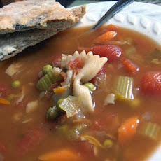 Minestrone Soup (Italian Vegetable Soup)