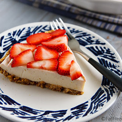 No-Bake Vegan Strawberry Pie