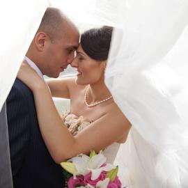 Wedding Day by Vasiliu Leonard - Wedding Bride & Groom ( wedding photography, fotograf nunta iasi, wedding day, wedding, wedding photographer, bride, vasiliu leonard )