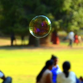 by Venkatesh Ravi - Abstract Water Drops & Splashes