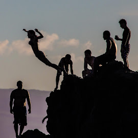 Black Rock Kaanapali Beach Maui. by David Ramsay - Landscapes Beaches