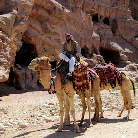 Camel trek by João Ascenso - People Street & Candids