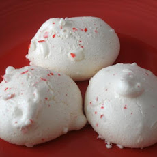 Super Easy Peppermint Kisses