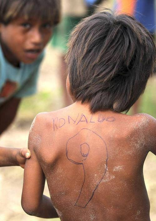 Ronaldo gyerekkorában - egy vicces kép