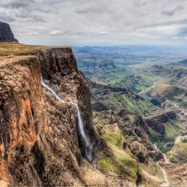 Amphitheatre with Tugela Falls by Peter de Groot - Landscapes Mountains & Hills ( tugella, amphitheater, pdgpix, mountain, falls, drakensberg, maluti, river )