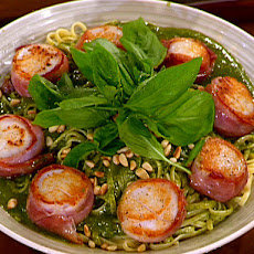 Prosciutto-wrapped Scallops with a Dry Jack Pesto over Linguine
