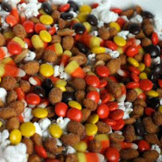 Halloween Munchie Mix