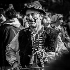 Pernik artist by Ивайло Цветанов - Black & White Portraits & People ( pernik, 2015, surva, musician, man, bulgaria )