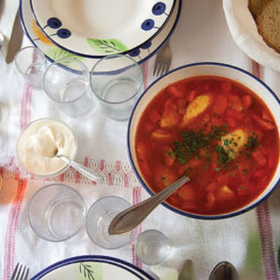 Supă Cu Găluşte (Chicken Soup with Semolina Dumplings)