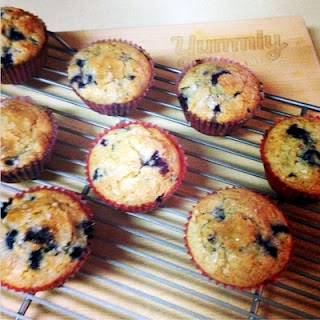 Super Moist Blueberry Muffins
