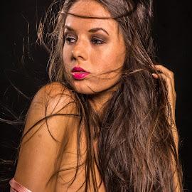 Thinking by Tatjana GR0B - Nudes & Boudoir Boudoir