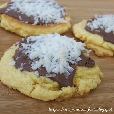 Nutella and Coconut Cookies