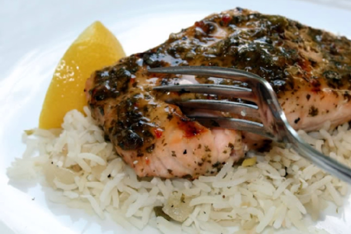 Grilled Salmon Fillets with Balsamic Glaze Recipe | Yummly