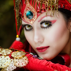 The Eyes by Boim Wahyudi - People Fashion ( fashion, concept, model, women, portrait )
