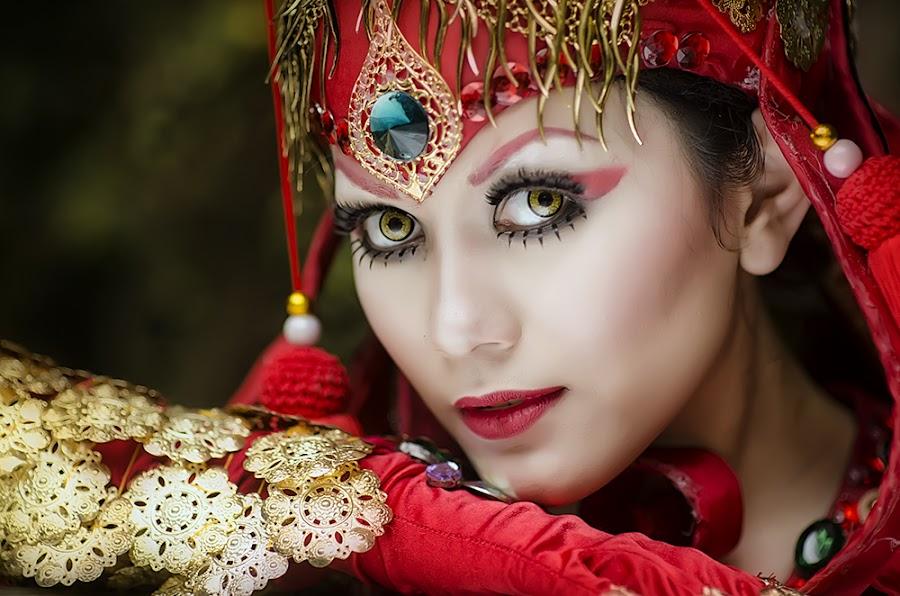 The Eyes by Boim Wahyudi - People Fashion ( fashion, concept, model, women, portrait )