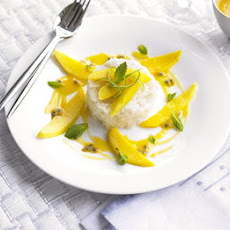 Sticky Coconut Rice, Mango & Passion Fruit