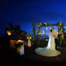 by Carlo Samson - Wedding Bride & Groom