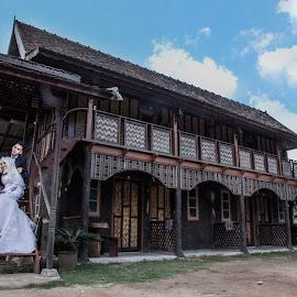 by Mohd Faidzul - Wedding Bride & Groom