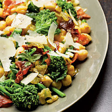 Chickpeas with Broccoli Rabe and Bacon