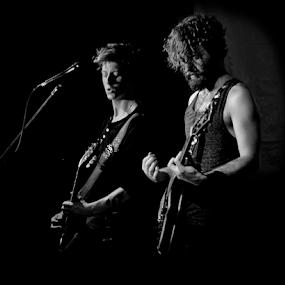 Evan & David of 'Gloryhound' 2 by Shaun White - News & Events Entertainment (  )