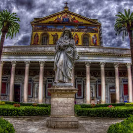 Statue of Saint Paul in Rome by Agatanghel Alexoaei - Buildings & Architecture Statues & Monuments