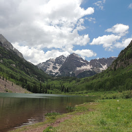 Maroon Bells by Veronica Blazewicz - Landscapes Mountains & Hills ( co, mountains, nature, outdoors, rocky mountains, colorado, rockies, landscape, maroon bells, aspen )