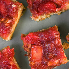 Rhubarb-Almond Bars Recipe