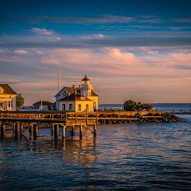 Mukilteo Fire by Orris Josiah - Landscapes Sunsets & Sunrises ( mukilteo lighthouse, mukilteo, washington, building, sunset, lighthouse, ocean, landscape, usa )