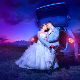 bride groom by Dejan Nikolic Fotograf Krusevac - Wedding Bride & Groom ( vencanje, svadbu, svadbe, weddings, svadba, wedding rings, wedding photographer )