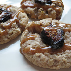 Maple Cinnamon Drizzled Oatmeal Fig Cookies