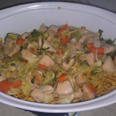 Chinese Take-Out Chicken Chow Mein With Crispy Noodles