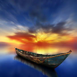 perahu kayu by Indra Prihantoro - Transportation Boats ( sunset, boats )