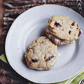 Oatmeal-Cranberry Cookie Sandwiches
